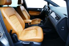 Volkswagen-Golf Sportsvan-1