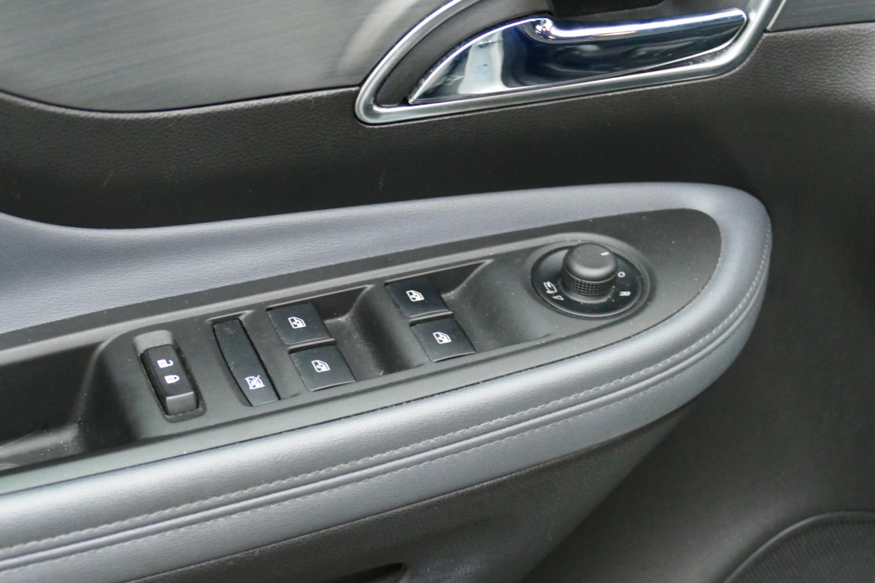 Opel-Mokka-12
