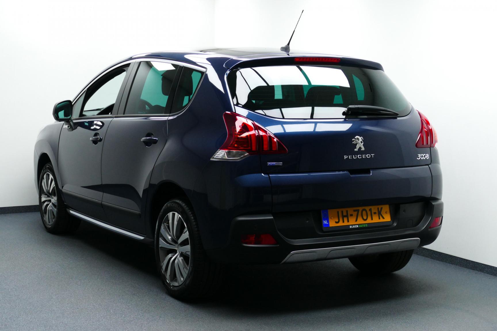 Peugeot-3008-5