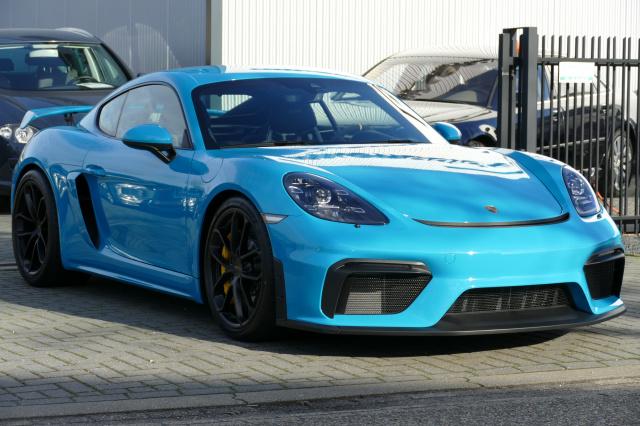 Porsche-718 GT4