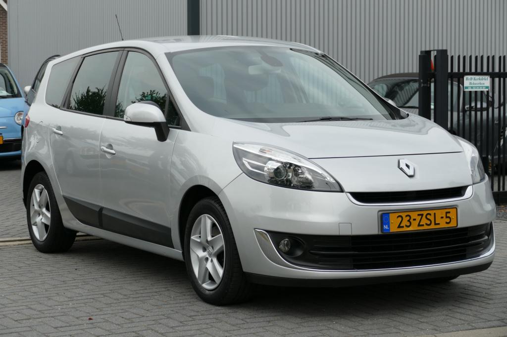 Renault-Grand Scénic-thumb