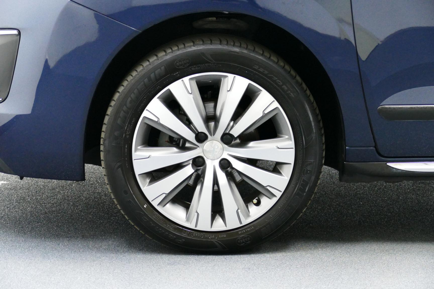 Peugeot-3008-18