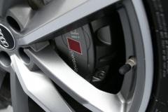 Audi-S8-13