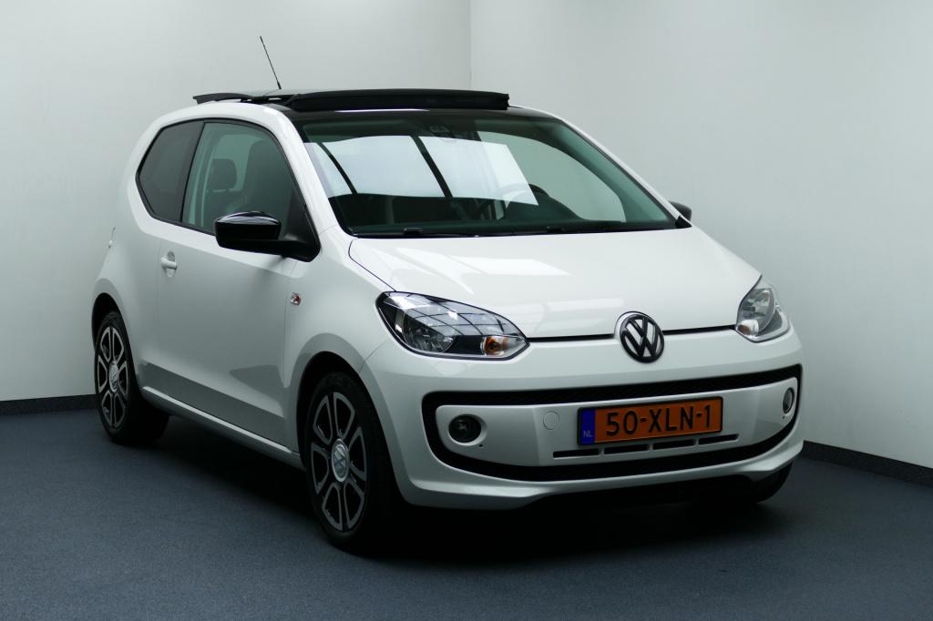 Volkswagen-up!-thumb