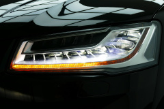 Audi-S8-48