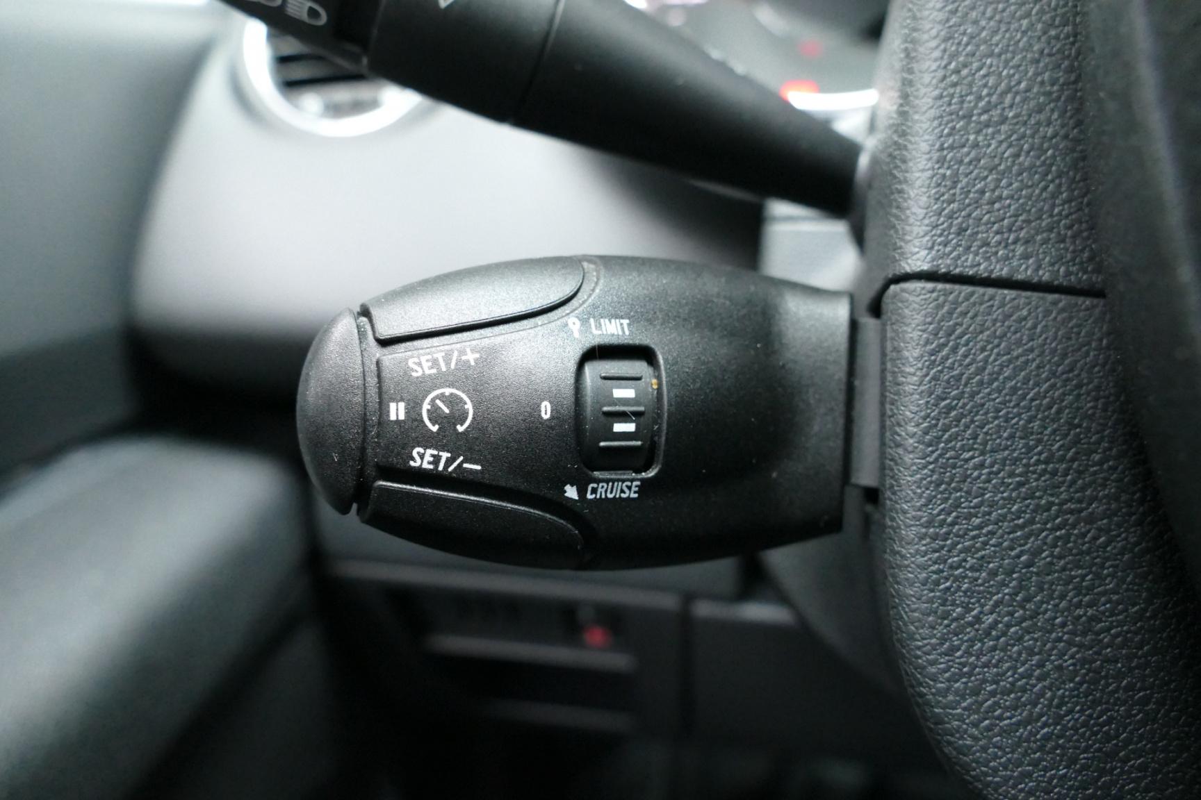 Peugeot-3008-24