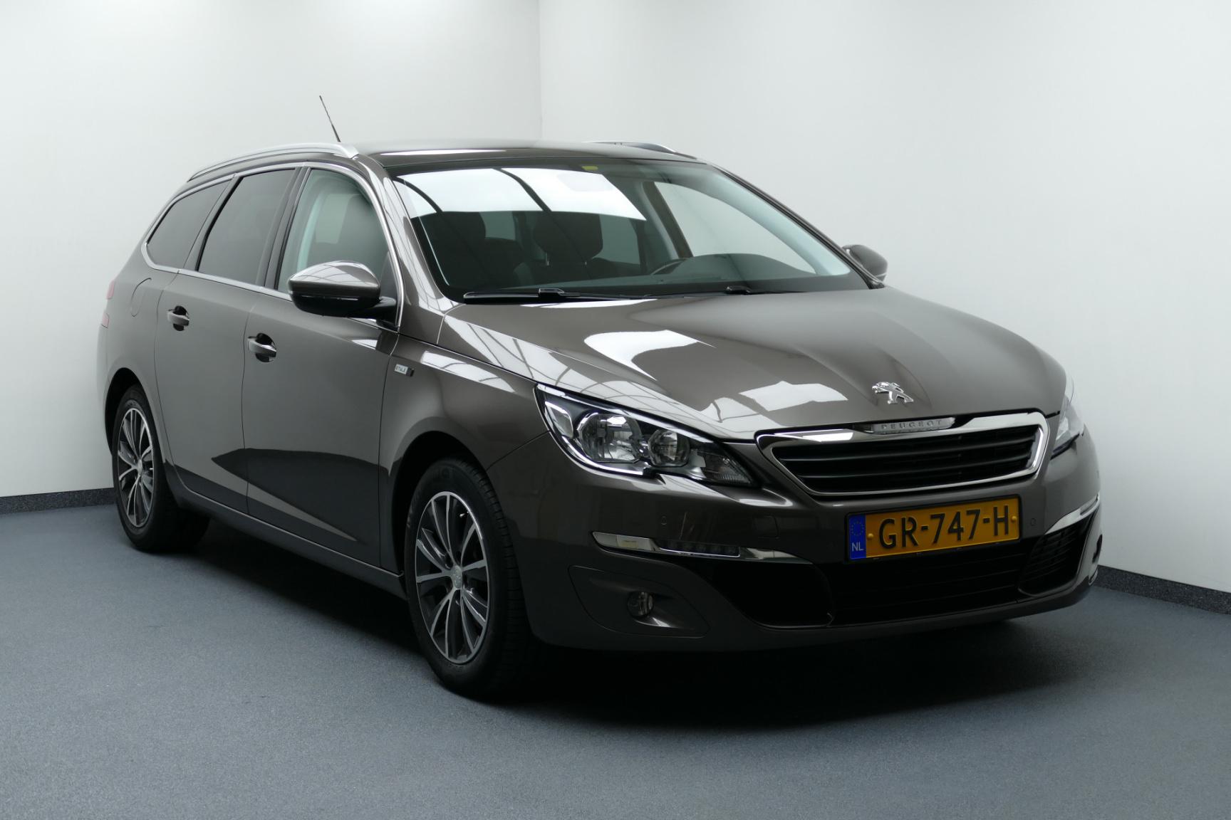 Peugeot-308-0