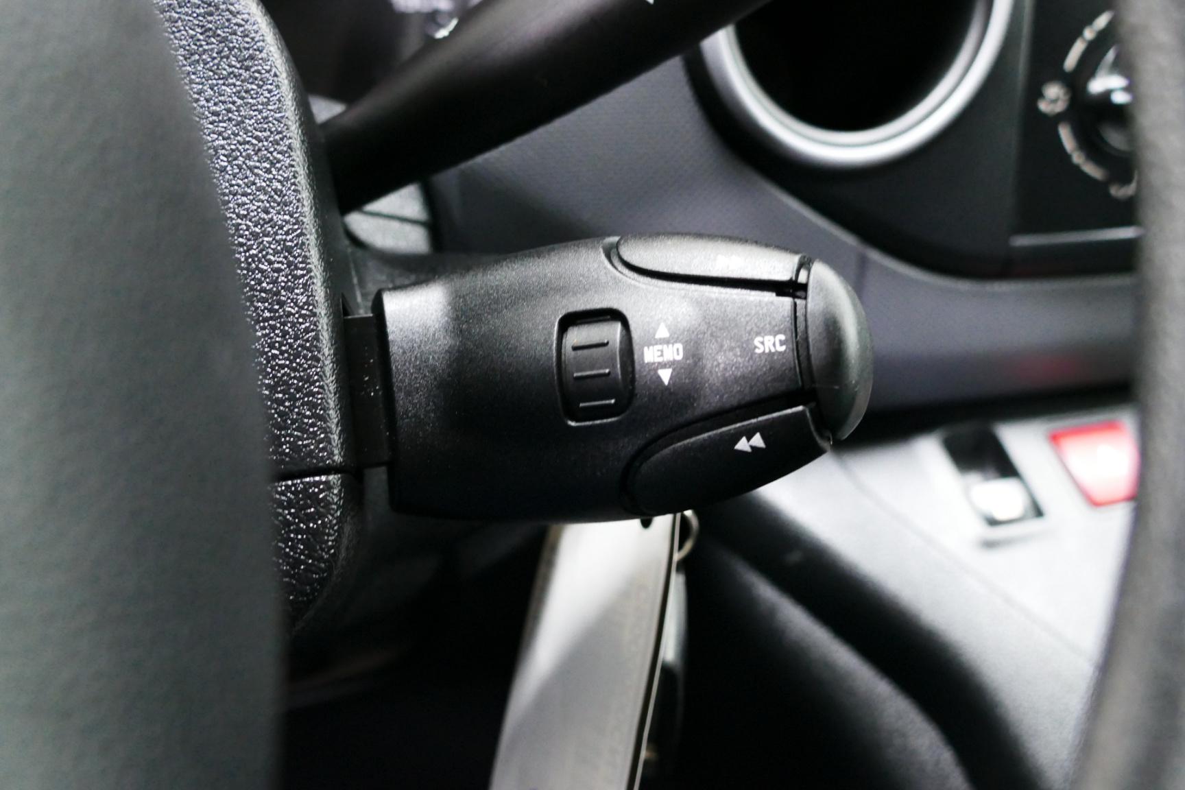 Peugeot-Partner-18
